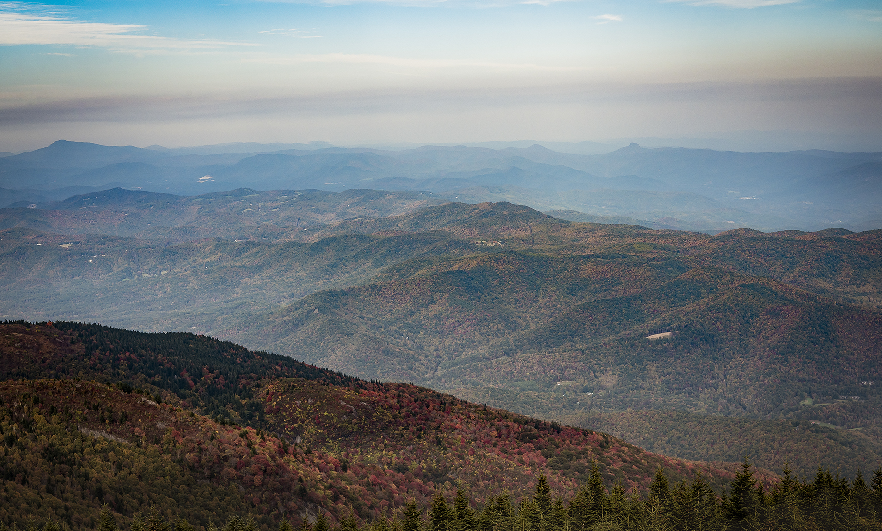 Landscape Photography captured by TOMO Pictures in Asheville, NC during Fall 2020